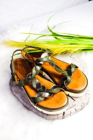 Tamaris Plateauzool sandalen olijfgroen-bruin Leer