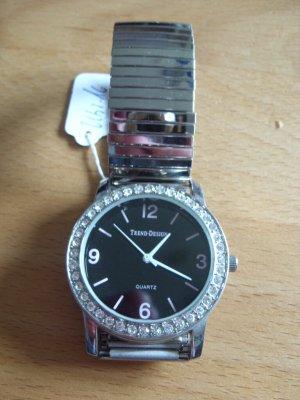 Montre avec bracelet métallique argenté-gris clair
