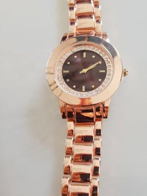 Uhr mit  Ziersteinen
