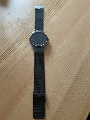 Analog Watch black