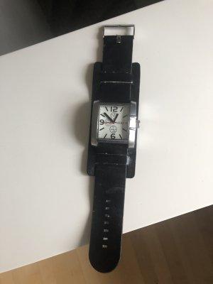 Uhr, schwarz