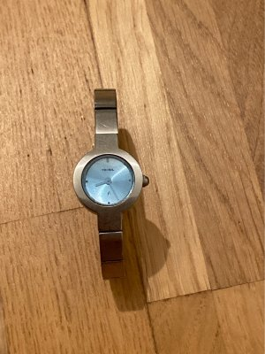 Fossil Watch With Metal Strap silver-colored-azure
