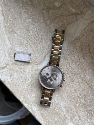 Uhr von Paul Valentine