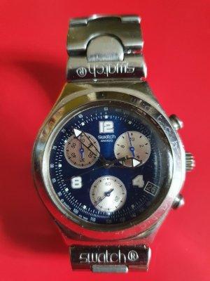 Uhr von Swatch mit Metallarmband
