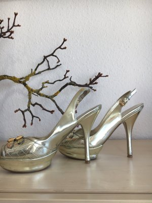 "Ultratrendige Plateausandalette der Marke ""GUESS "" in Gold-Lack NP 139.00 €"