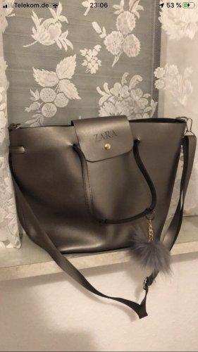 Umhängetasche & Handtasche