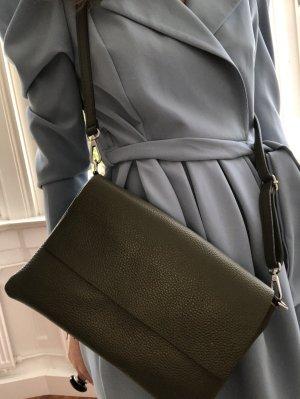 Umhängetasche Handtasche Schultertasche Ledertasche schwaz minimalistisch neu TOP