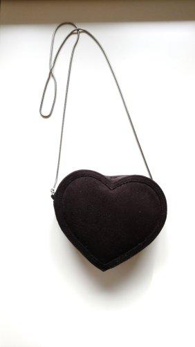 Umhängetasche in Herzform
