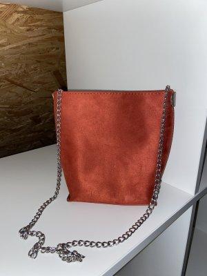 Umhängetasche rot mit Silberkette