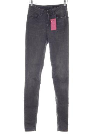 Un Jean Skinny Jeans grau Casual-Look