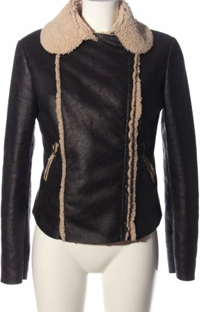 una pui uno Pelt Jacket black-nude casual look