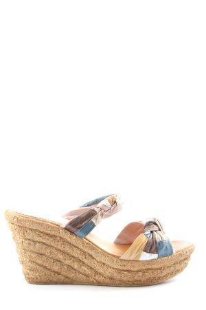 Sandalias con tacón estampado con diseño abstracto look casual