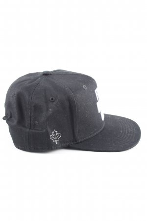 Baseball Cap black-white themed print casual look