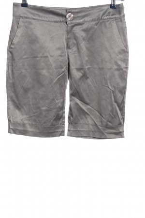 two & two Bermudas light grey casual look