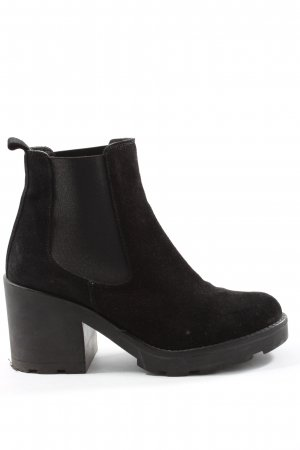 Red love Chelsea Boots