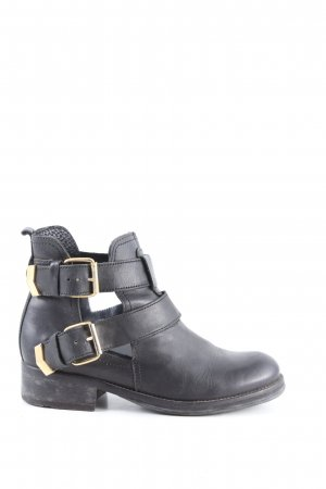 Cut Out Booties black casual look