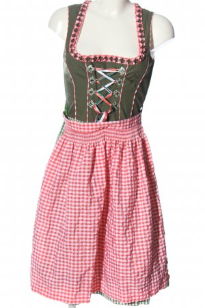 Dirndl check pattern classic style