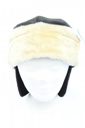 Sombrero de piel negro-blanco look casual