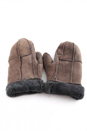 Fingerless Gloves brown casual look