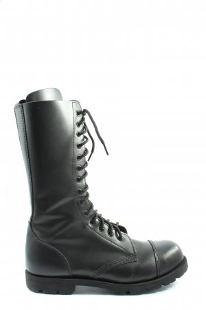 Gothic Boots black casual look