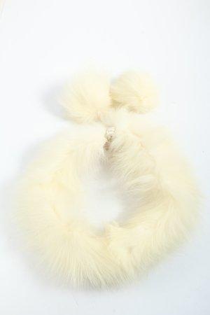 Ribbon cream elegant