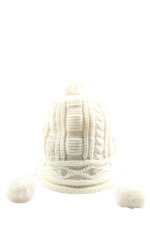 Szydełkowana czapka w kolorze białej wełny Warkoczowy wzór W stylu casual