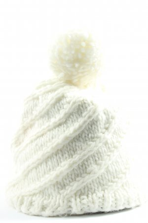 Crochet Cap white cable stitch casual look