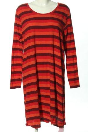 Vestido de tela de jersey rojo-marrón look casual