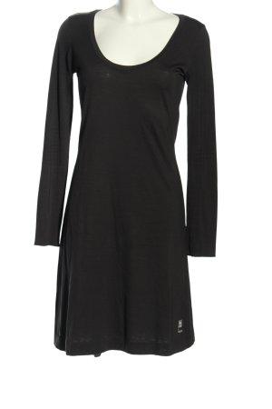 Vestido de tela de jersey negro look casual