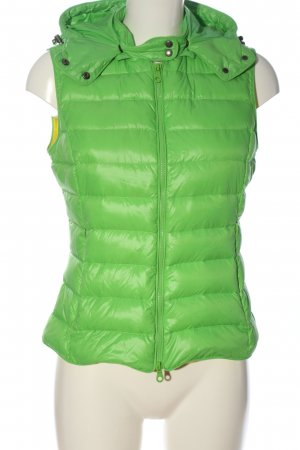 IQ+ Berlin Hooded Vest green quilting pattern casual look