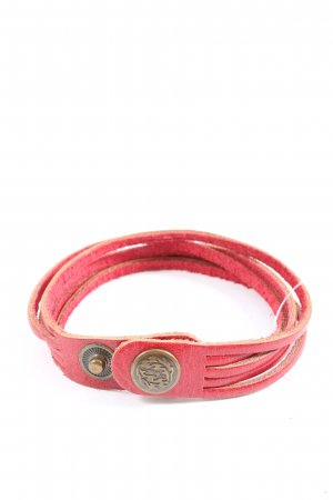 new star Leather Bracelet red casual look