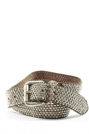 Studded Belt brown casual look