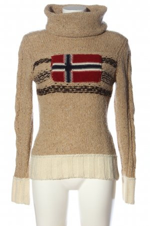 Norwegian Sweater themed print casual look