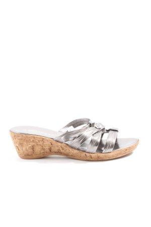 Sandalo con plateau argento stile casual