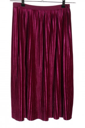 Pleated Skirt pink casual look
