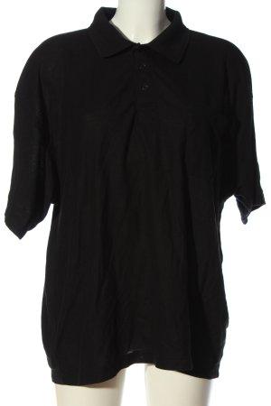 Camiseta tipo polo negro look casual