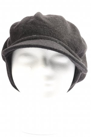 bedacht by simon schulz Gorro plano negro look casual