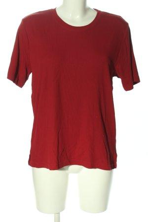 Camisa acanalada rojo look casual