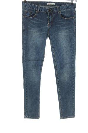 Jeans a sigaretta blu stile casual