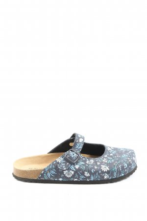 Sabots blue-white allover print casual look