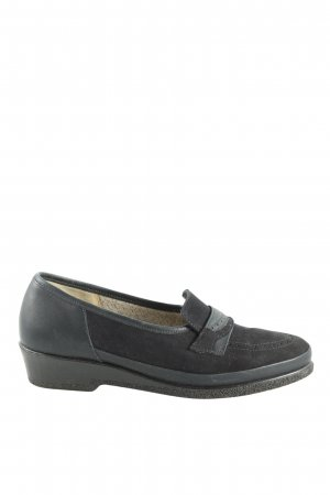 Slip-on Shoes black casual look