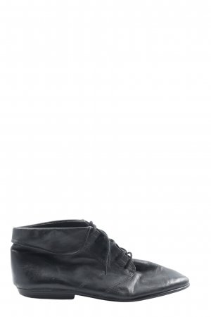 Lace-up Booties black business style