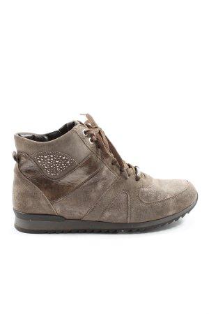 Zapatos brogue marrón look casual