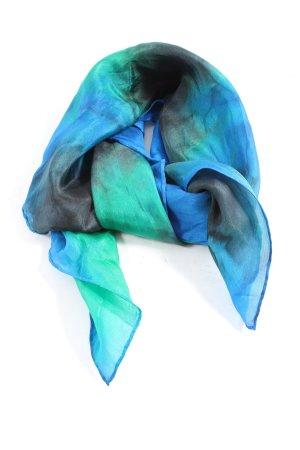 Pañuelo de seda degradado de color look casual