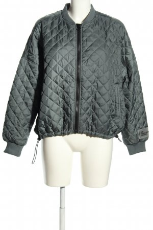 MyProtein Quilted Jacket light grey quilting pattern casual look