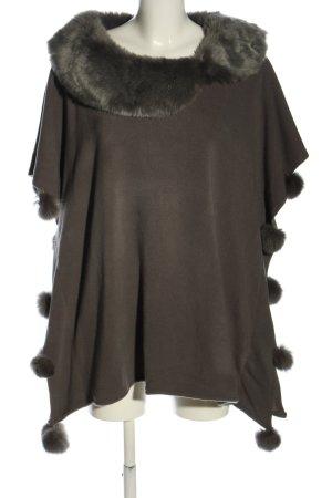 Poncho en tricot gris clair élégant