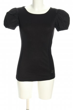 T-Shirt black casual look