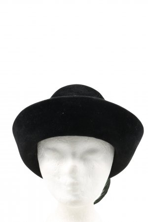 Traditional Hat black casual look