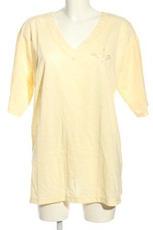 T-shirt col en V crème style décontracté