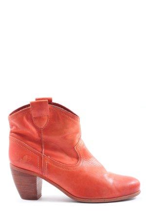 Western Booties red casual look